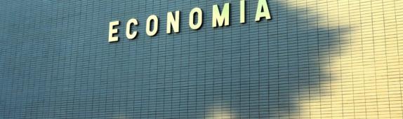 (Português) Ministério da economia anuncia novas políticas para fomento da economia nacional